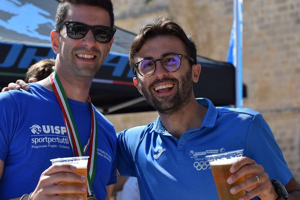 Giovanni Punzi (BicinPuglia-Basilicata) e Giuseppe Maggiore (ASD Cilclo Club Spongano)
